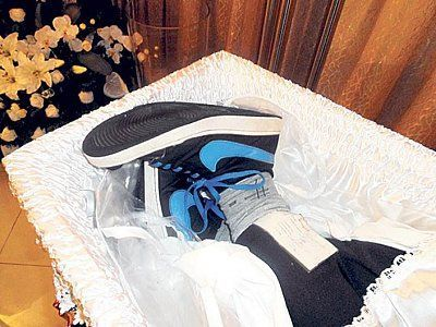 broken-ankle-coffin.jpg