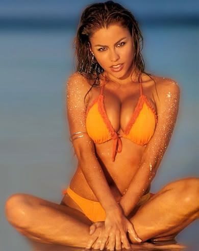 sofia-vergara-orange-bikini.jpg