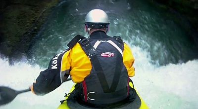 kayaker_main_682_1379443a.jpg