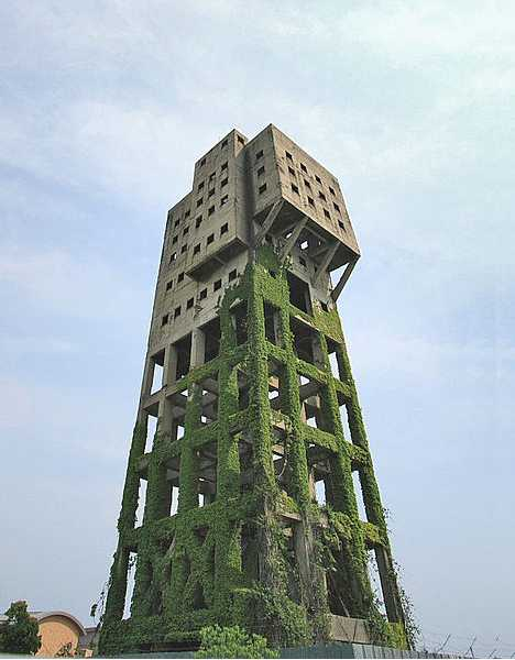 zombie_tower_1a.jpg
