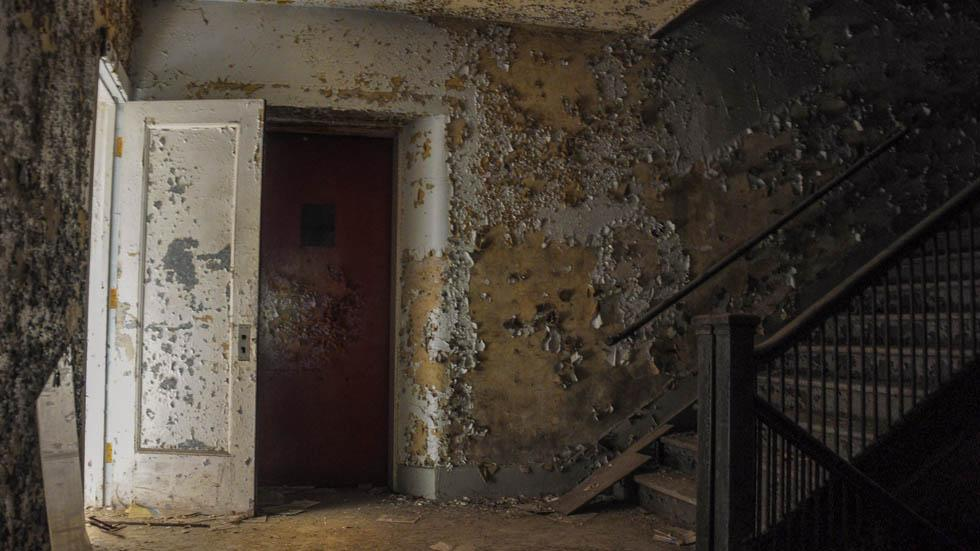 Inside%20an%20abandoned%20police%20station%20in%20Chicago%2C%20Ill..jpg