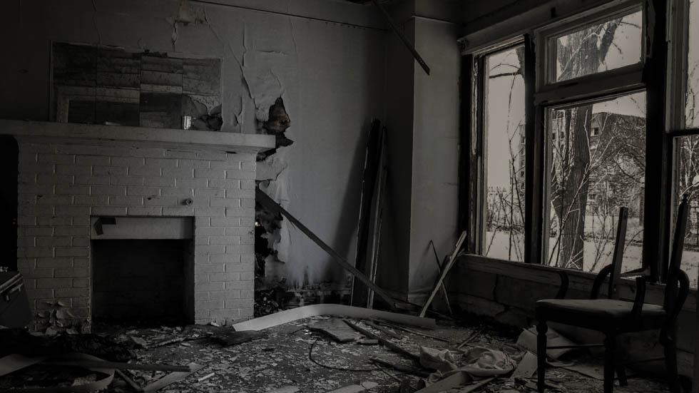 Inside%20an%20abandoned%20house%20in%20Baltimore%2C%20Md..jpg